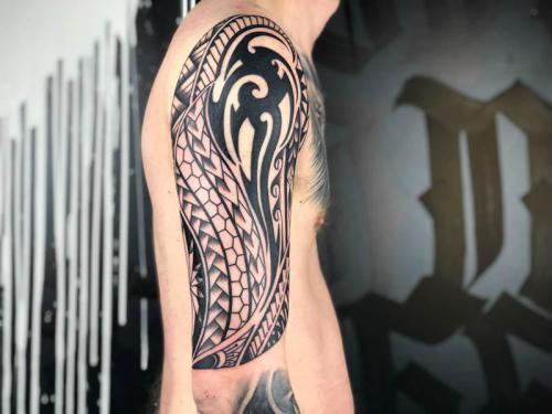 haus-von-azer-tattoo-wuppertal-rafa-montalvo